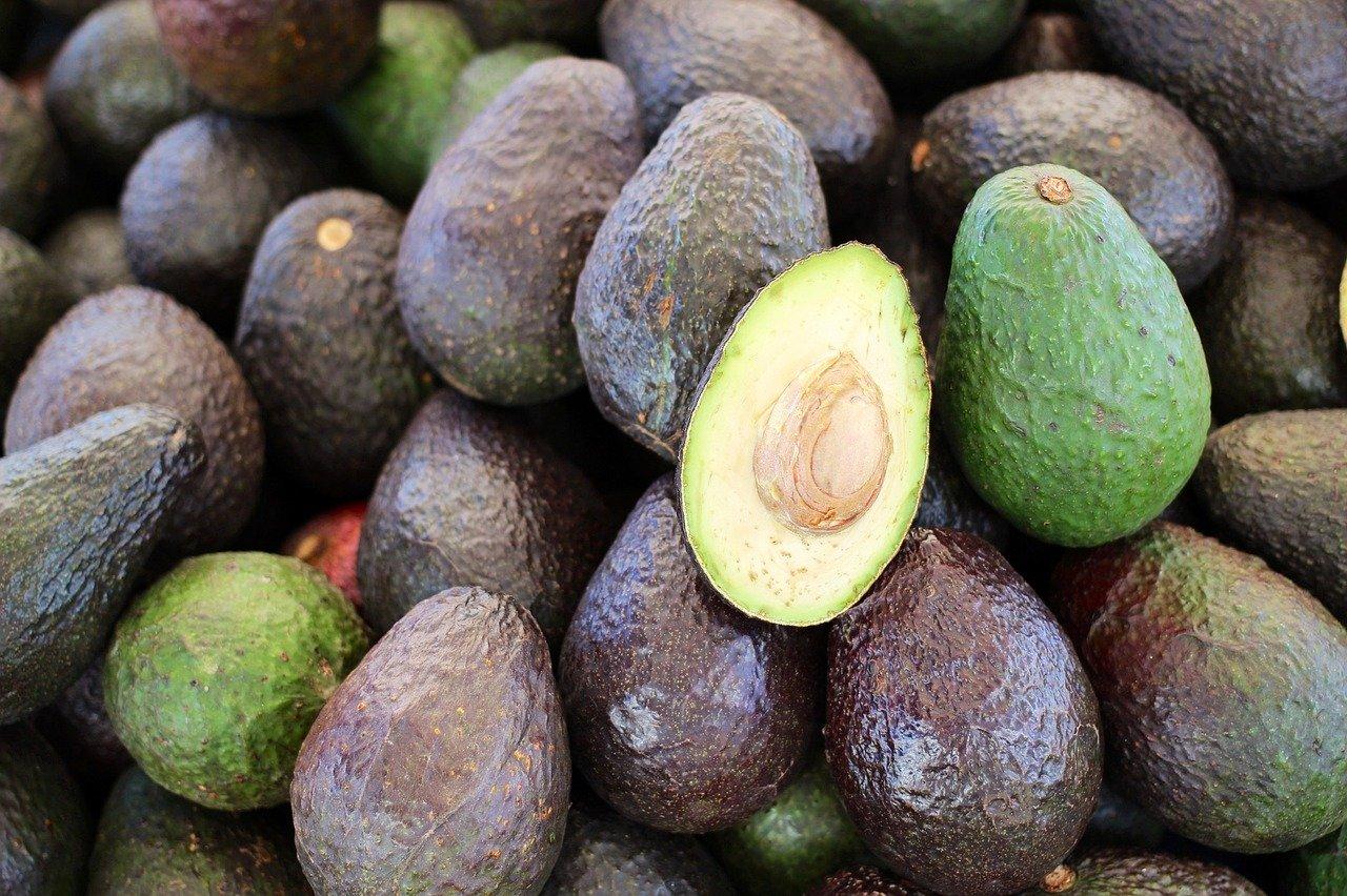 hur många kalorier i en avokado